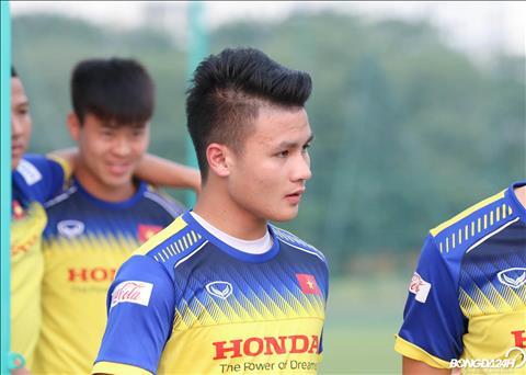 Quang Hai gan day duoc thay Park bo tri luan phien giua DTQG va U22 Viet Nam.