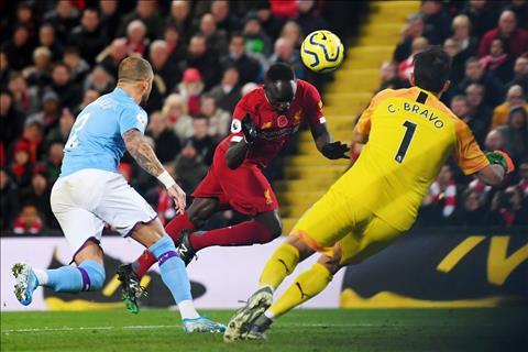 Liverpool vs Man City mane ghi ban