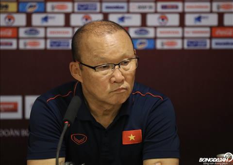 Báo Hàn khen ngợi HLV Park Hang Seo sau trận thắng UAE hình ảnh