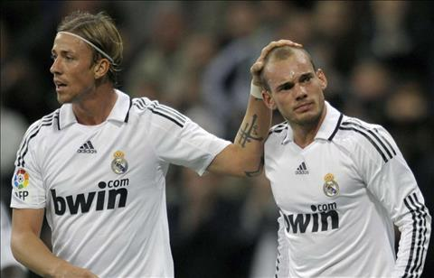 Wesley Sneijder kể chuyện bị huyền thoại Real 'giận cá chém thớt' hình ảnh