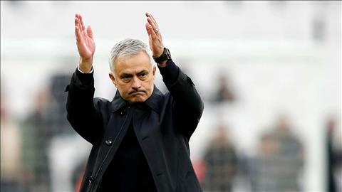 HLV Jose Mourinho của Tottenham hy vọng được các CĐV yêu thương hình ảnh