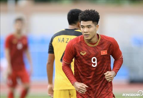 Tiền đạo Hà Đức Chinh hattrick U22 Brunei hình ảnh