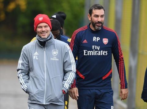 Robert Pires phát biểu về tình hình của Arsenal hình ảnh