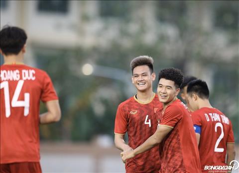 Tiền đạo Hà Đức Chinh thường ghi bàn đầu tiên cho Việt Nam hình ảnh