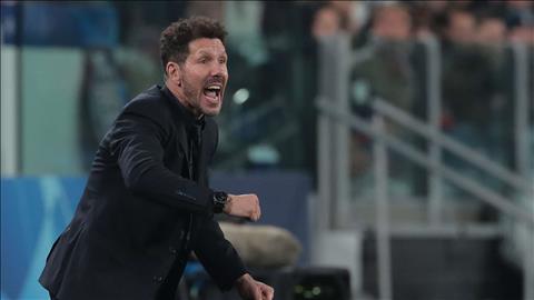 Thầy trò HLV Simeone bực ra mặt sau trận thua Juventus hình ảnh