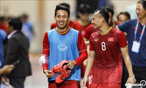 Sau tran dau, Do Hung Dung phai chuom da o cang tay. Tien ve nay truoc do da bi dau o tay nhung van co gang thi dau tai vong loai World Cup 2022.