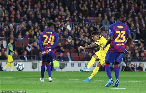 Sút tung lưới Barca, Sancho có cớ đáp trả fan Dortmund hình ảnh