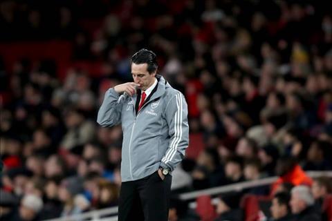 Arsenal sa thải HLV Emery từ trước trận thua Frankfurt hình ảnh