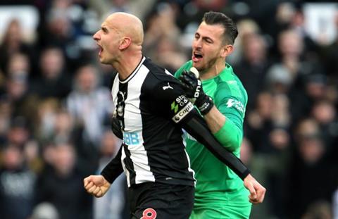 Joe Cole nói về trận Man City vs Newcastle hình ảnh