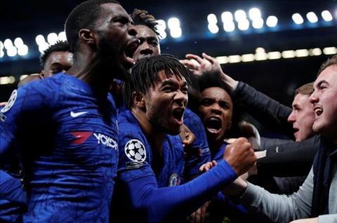 Chelsea 4-4 Ajax Reece James an mung