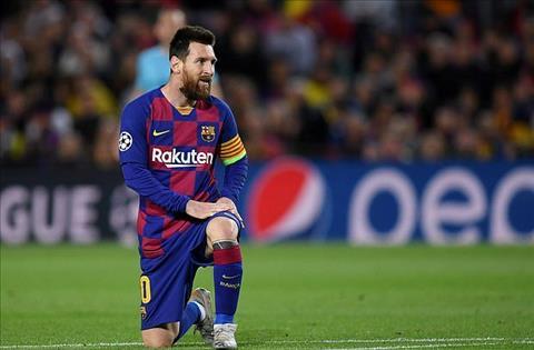 Messi bat luc cung Barca