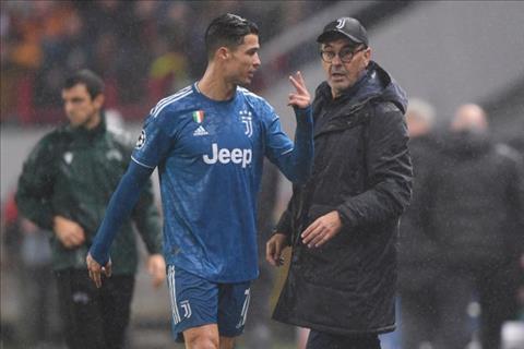 Ronaldo mặt nặng mày nhẹ với Sarri khi bị thay khỏi sân hình ảnh
