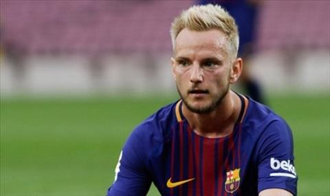 AC Milan muốn mua tiền vệ Rakitic của Barca vào tháng 1 năm 2020 hình ảnh