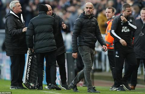 Newcastle 2-2 Man City: HLV Pep Guardiola