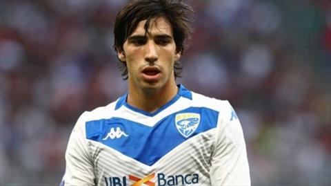 Juventus muốn ký hợp đồng với tiền vệ Tonali hình ảnh