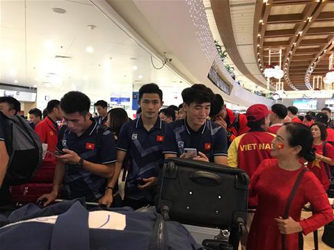 ĐT nữ và U22 Việt Nam sẽ trở về Hà Nội lúc mấy giờ hình ảnh