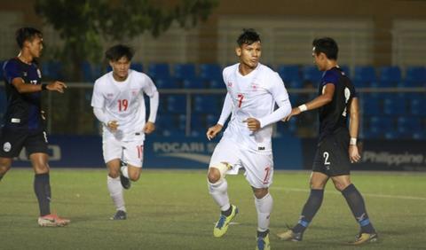 U22 Myanmar thang Campuchia 2-1 voi ban an dinh ty so toi tu sai lam cua thu mon doi phuong. Anh: MFF.
