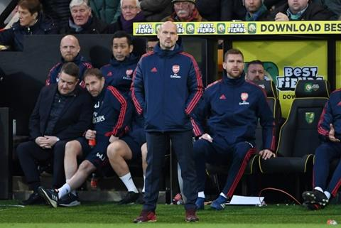 HLV Freddie Ljungberg nói về Arsenal hình ảnh