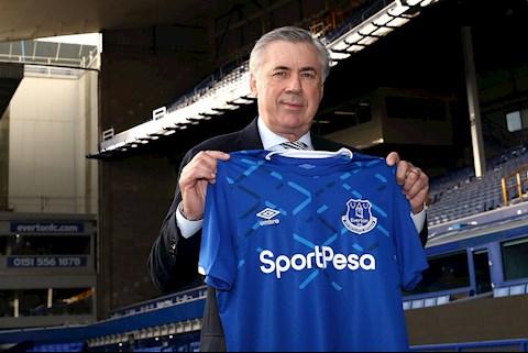 HLV Carlo Ancelotti bị Chelsea sa thải ngay tại sân nhà Everton hình ảnh