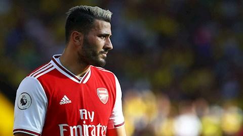 Napoli và Roma muốn Sead Kolasinac rời Arsenal hình ảnh