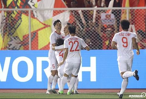 Gap lai U22 Indonesia trong tran chung ket, DT U22 Viet Nam de dang danh bai doi thu voi ti so 3-0.