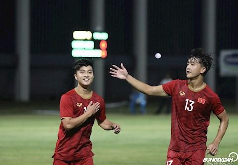 De chuan bi cho SEA Games 30, DT U22 Viet Nam co tran giao huu voi CLB Kitchee SC (Hong Kong). Cac hoc tro cua HLV Park Hang Seo gianh chien thang voi ti so 2-0.