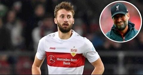 Liverpool gọi lại Nathaniel Phillips từ Stuttgart hình ảnh
