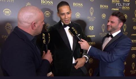 Virgil van Dijk phát biểu về Ronaldo tại lễ trao giải QBV 2019 hình ảnh