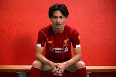 Takumi Minamino ra sân trước Sheffield được quyết định hình ảnh