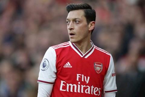 Mesut Ozil khen ngợi tinh thần thi đấu của Arsenal trước Chelsea hình ảnh
