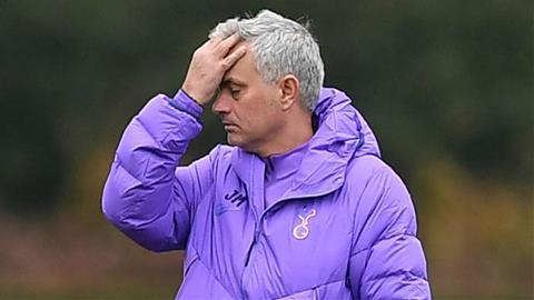 HLV Mourinho tiết lộ lý do không mua nhà riêng khi dẫn dắt MU hình ảnh