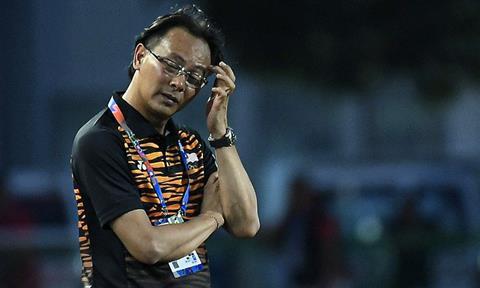 HLV Ong Kim Swee U22 Malaysia mất việc hình ảnh
