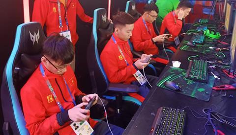 Truc tiep Lien Quan Viet Nam hom nay 8/12 tai SEA Games 30