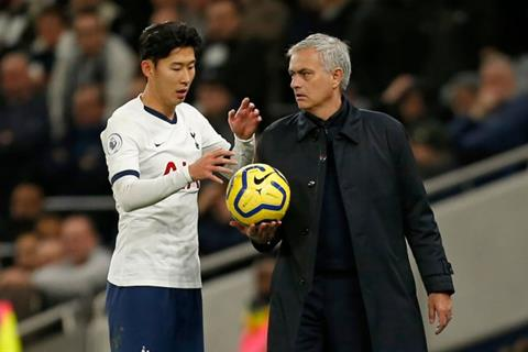 Mourinho cướp bóng của học trò và nghĩa cử cao đẹp sau đó hình ảnh 2