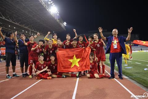 ẢNH Các tuyển nữ Việt Nam nhí nhảnh ăn mừng tấm HCV SEA Games 30 hình ảnh 2