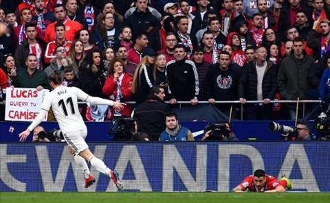 Bale ghi ban trong tran derby thanh Mardid