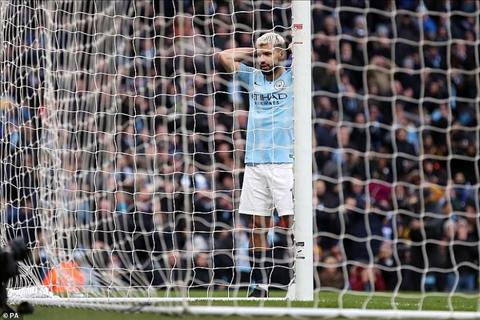 Aguero khiến Pep Guardiola phải ngỡ ngàng trong trận thắng Chelse hình ảnh
