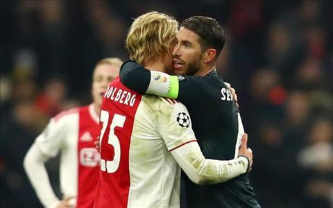 Sergio Ramos o tran Real vs Ajax