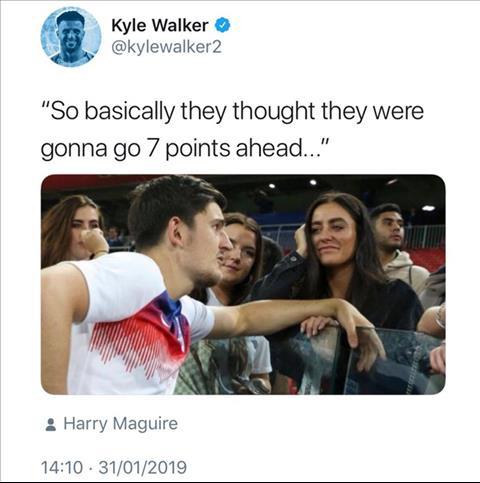 HLV Klopp chi trich hau ve Kyle Walker cua Man City