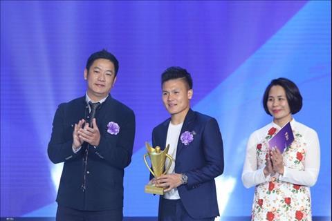 Thầy trò HLV Park Hang Seo thắng lớn ở cúp Chiến thắng 2018 hình ảnh