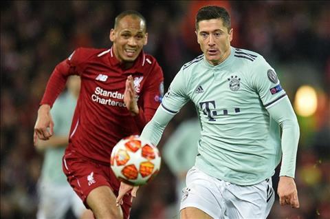 Liverpool vs Bayern Fabinho vs Lewy tranh bong