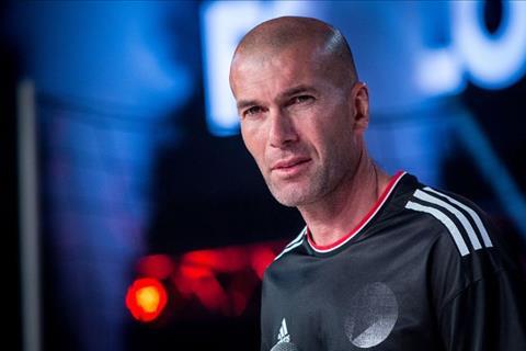 HLV Zidane dẫn dắt Chelsea ngay cả khi bị cấm chuyển nhượng hình ảnh