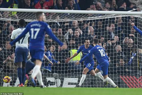 Dư âm Chelsea 2-0 Tottenham Lời khẳng định quyền lực cho Sarri hình ảnh