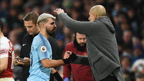 Pep Guardiola ca ngợi Aguero hết lời sau trận thắng Arsenal hình ảnh