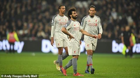 Liverpool mất ngôi đầu bảng Khi cả nước Anh chống lại The Kop hình ảnh 4