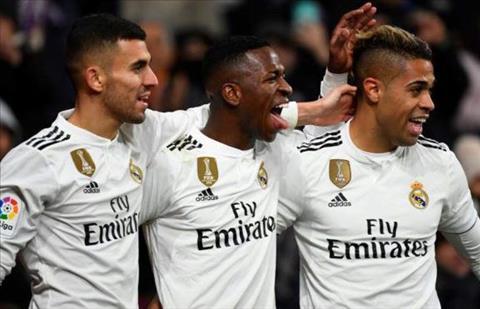 Real Madrid Cuồng say trong vũ điệu của teen can đảm hình ảnh 2