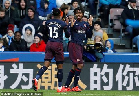 Mkhitaryan mèo khóc chuột sau trận thắng Arsenal 2-1 Huddersfield hình ảnh