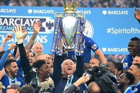 HLV Ranieri tung viet nen cau chuyen co tich voi Leicester City.