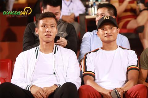 Tiền vệ Nguyễn Trọng Hoàng tươi rói trong ngày gặp lại Thanh Hoá hình ảnh