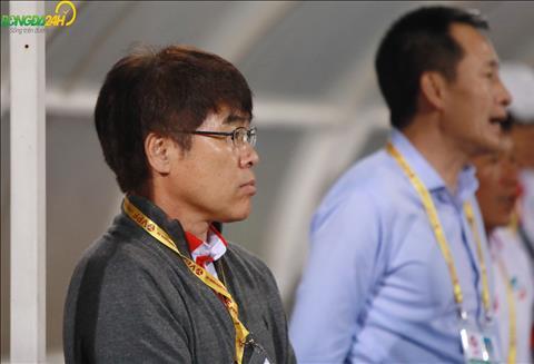 HLV Lee Heung Sil khong ngai bi so sanh voi dong nghiep Park Hang Seo.